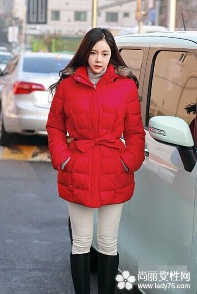 大红色呢子大衣搭配图片 新年穿新衣3