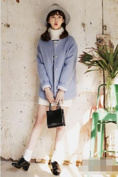 冬季时髦呢子大衣搭配 任何风格都能搭配出丰富多彩