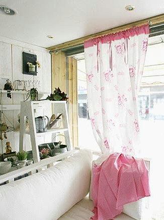 唯美韩式窗帘演绎韩风客厅