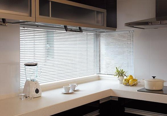 适合厨房使用的窗帘有哪些?