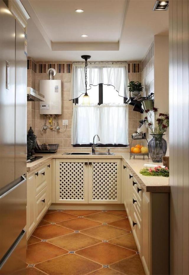 厨房窗帘这样搭配 体现出浪漫温馨的居家美学