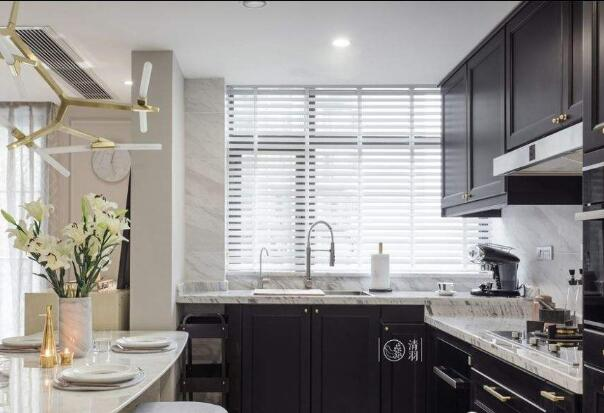 厨房窗帘容易脏还要要买?材料挑选对了才是关键