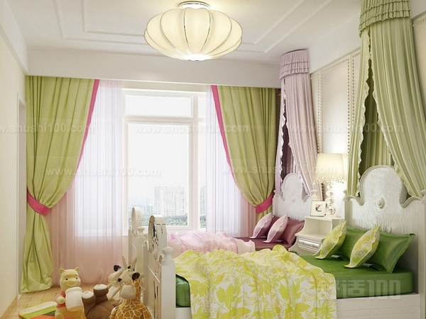 客厅装饰如何与窗帘搭配
