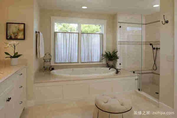 卫生间窗帘用什么好?卫生间窗帘如何清洁?