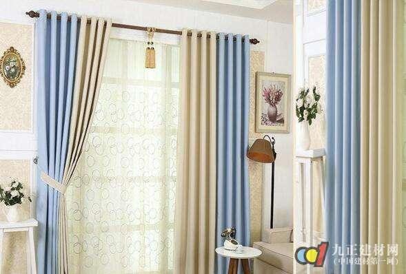 流行客厅装饰根据空间挑选窗帘