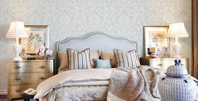 壁纸怎么贴才能提升整体家装效果
