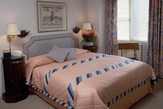 卧室墙纸搭配技巧