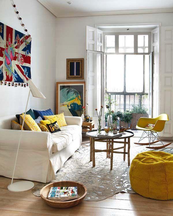 壁纸颜色怎么搭配 客厅要选什么样的壁纸