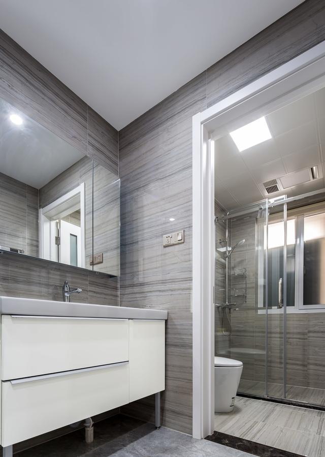 预防墙纸起泡和发霉有什么办法?
