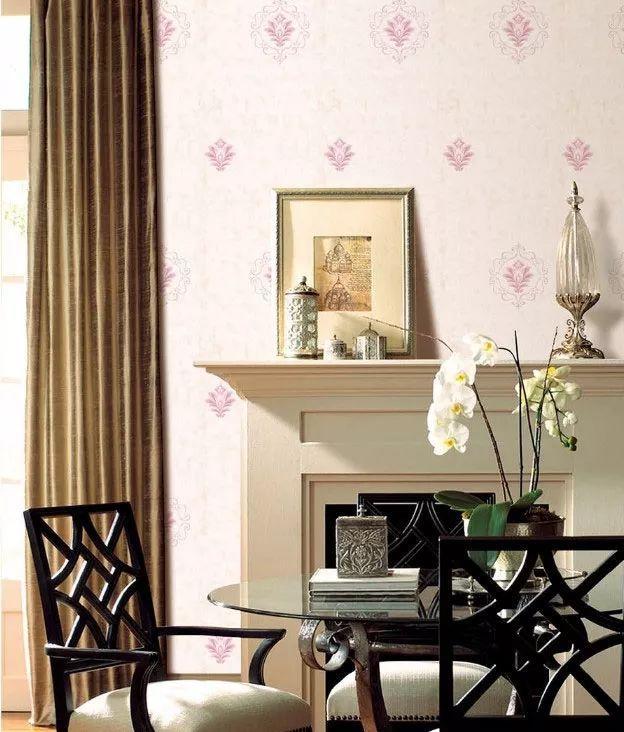 乳胶漆墙面如何贴壁纸?壁纸的粘贴技巧